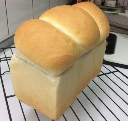 吴宝春金牌牛奶面包